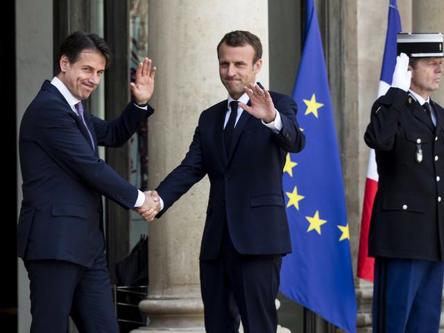 """Migranti, la proposta di Conte a Macron: """"Rotazione dei porti"""""""