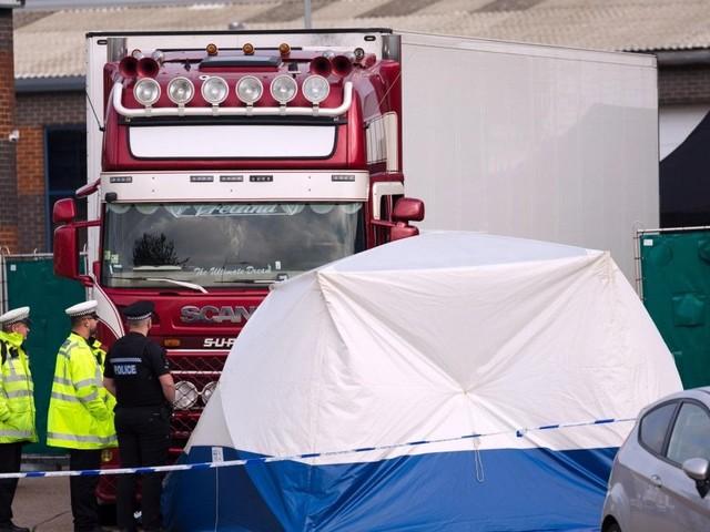 Gran Bretagna, il camion dell'orrore: le vittime erano cinesi. Indagini in Irlanda del Nord