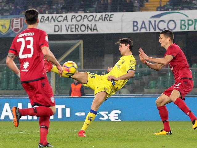 "Chievo Verona-Cagliari 2-1: Giaccherinho entra e svolta la gara, Maran ""respira"""