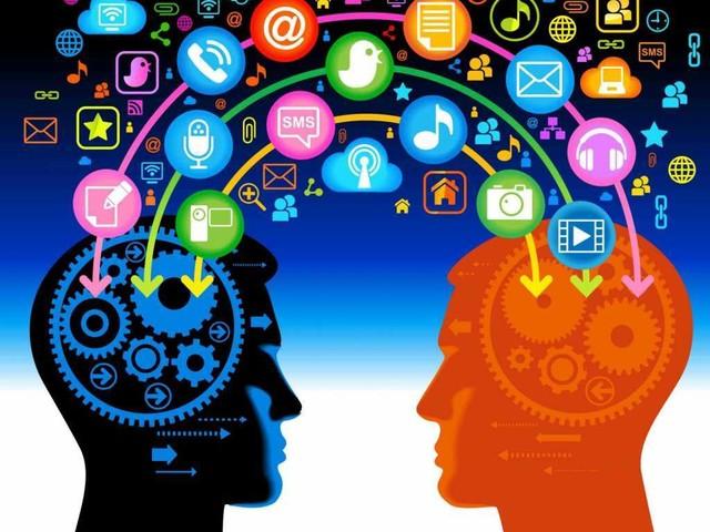 """Scuola digitale, è l'""""autoformazione"""" la chiave per il docente del futuro"""
