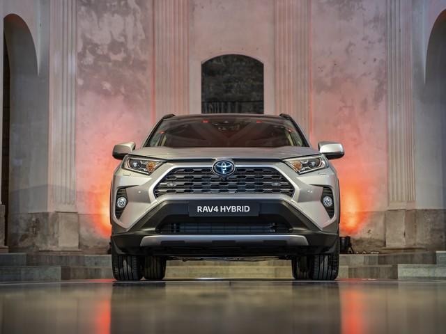 Parco Valentino 2019: Toyota Corolla e RAV 4 al Salone di Torino