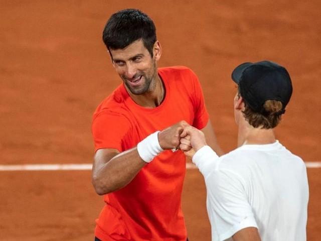 Montecarlo, Djokovic batte Sinner e lo promuove: 'Futuro, ma anche presente del tennis'