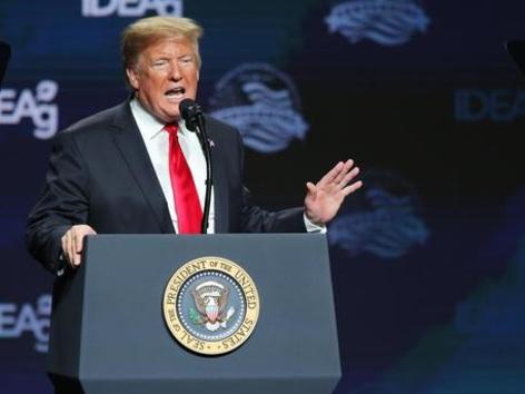 Siamo stati sull'orlo della guerra: Trump ferma i bombardieri 10 minuti prima di colpire l'Iran