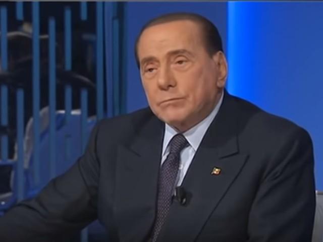 """Berlusconi: """"Il governo fa una politica anti industriale"""""""