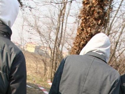 Anziano nel mirino dei «bulli» Il sindaco di Curno scrive ai genitori