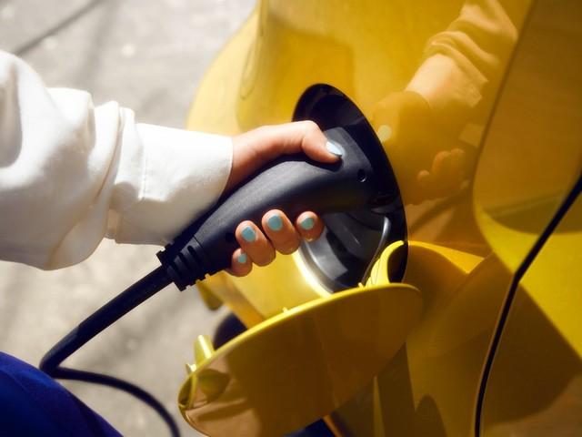 Incentivi in Lombardia - Da 2 mila a 8 mila euro per cambiare auto