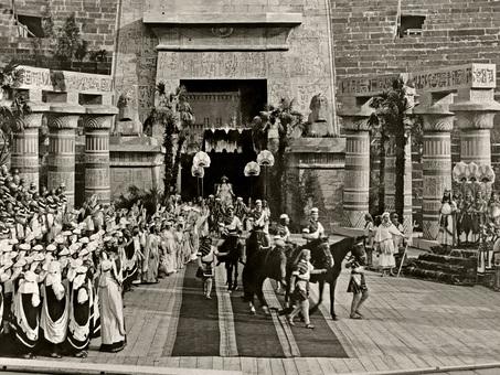 L'Aida torna nell'Arena: l'edizione che nel 1913 inaugurò il Festival