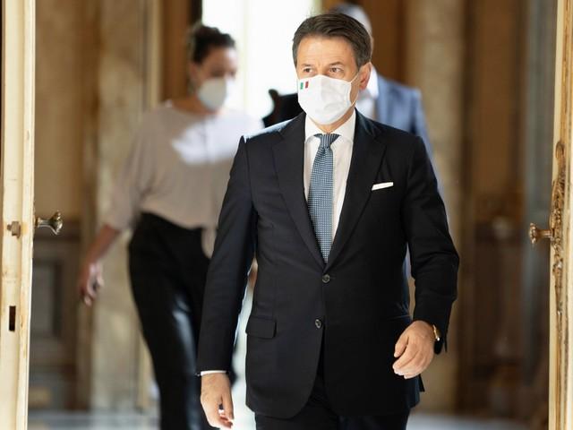 Effetto virus sul governo: Conte appeso all'opposizione