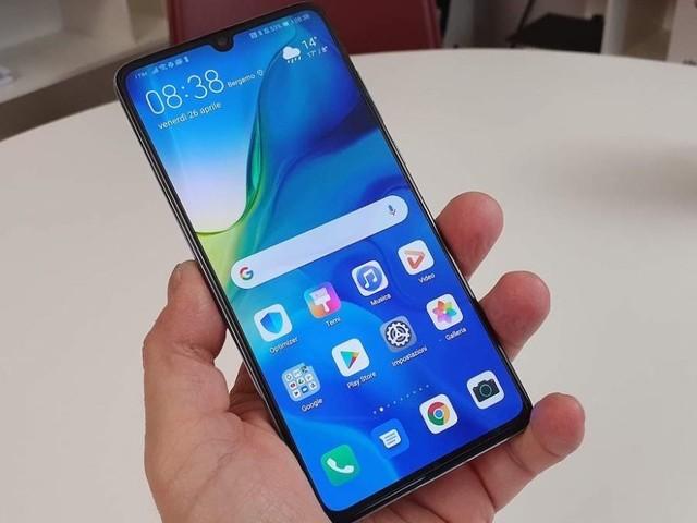 Più bella l'Immacolata Amazon con Huawei P30 e Galaxy S10 in offerta: prezzi dell'8 dicembre