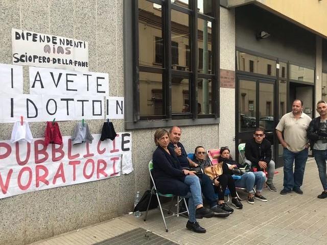 In sciopero della fame, i lavoratori Aias non si arrendono