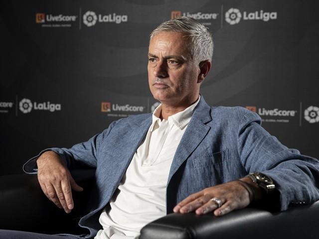 Daje! Mourinho è il nuovo allenatore della Roma: la reazione dei Vip