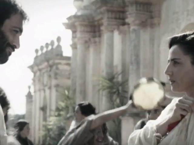 La canzone sigla della fiction La Vita Promessa con Luisa Ranieri
