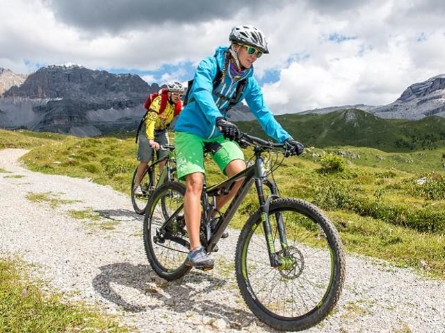 Scopri tra le Dolomiti di Brenta la più grande bike area d'Italia