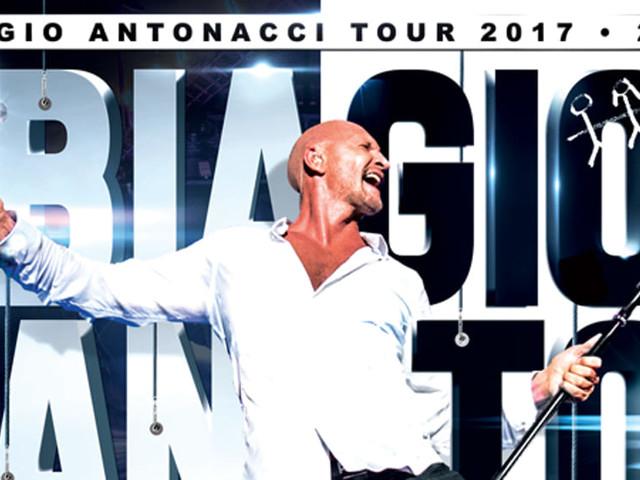 Biagio Antonacci, vanno a ruba i biglietti per la doppia data di Acireale