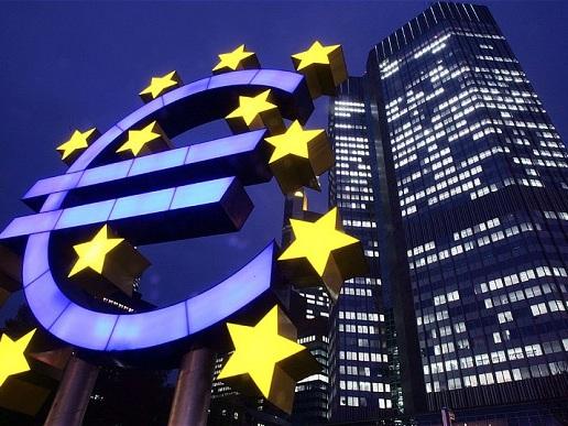 Gli stati si preparano al collasso dell'Euro, tranne la furba Italia