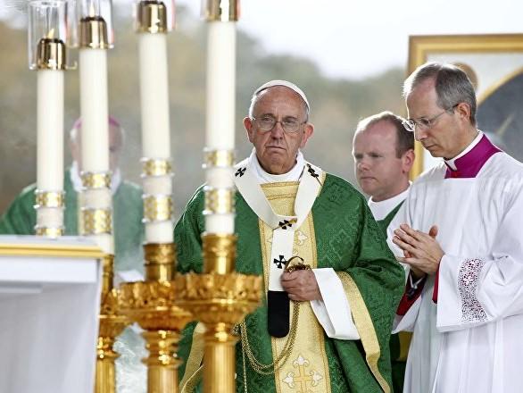 """Venezuela: papa Francesco a """"Il Messaggero"""", se lo chiedono sono pronto a mediare"""