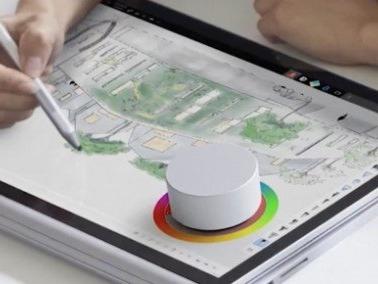 Surface Book 2, primo aggiornamento firmware con tanti bug fix
