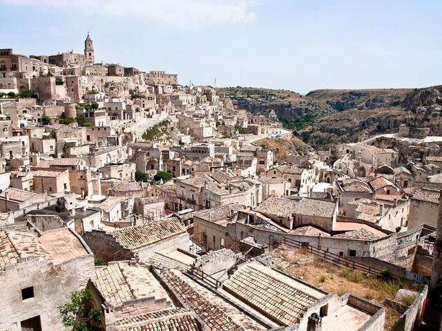 Matera: 8 motivi per visitare la Città dei Sassi