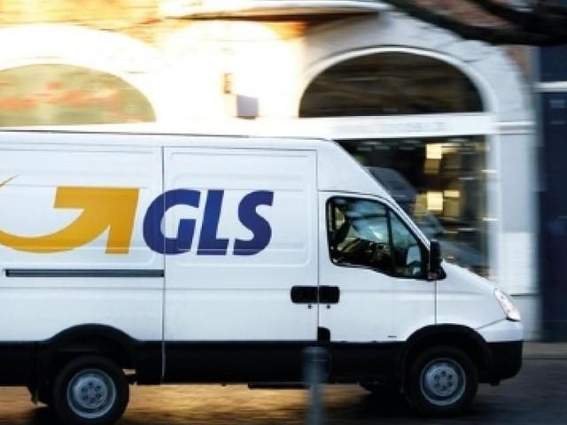 Assunzioni GLS: l'azienda seleziona impiegati e autisti con patente B, cv online