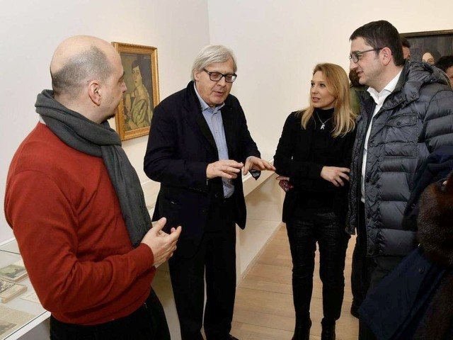 Sgarbi al Mart: «Lavoro gratis per l'amore del Trentino»