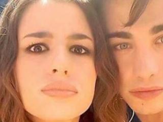 Amici 2017: Riccardo trionfa in tutte le classifiche, Emma accusata di razzismo prima della finale