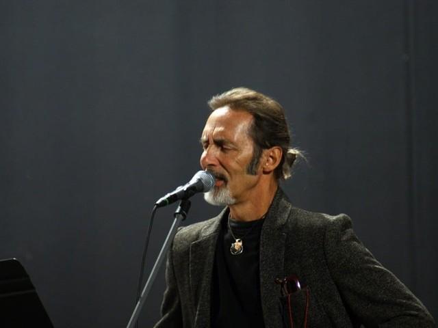 Marco Ferradini: chi è, età, canzoni, carriera e curiosità sul cantante