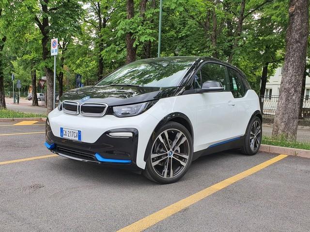 BMW i3S 120 Ah: prova autonomia reale e consumi, una gita in montagna