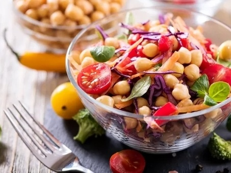 Dieta vegana, bastano quattro mesi per ridurre il peso e migliorare la glicemia