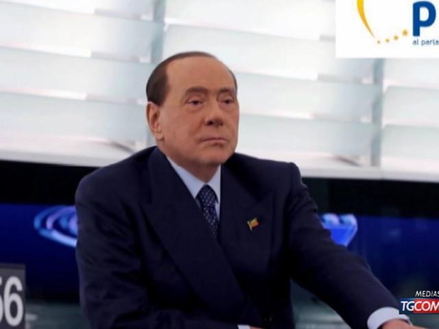 Governo, Silvio Berlusconi: voto anticipato? Sarebbe da irresponsabili