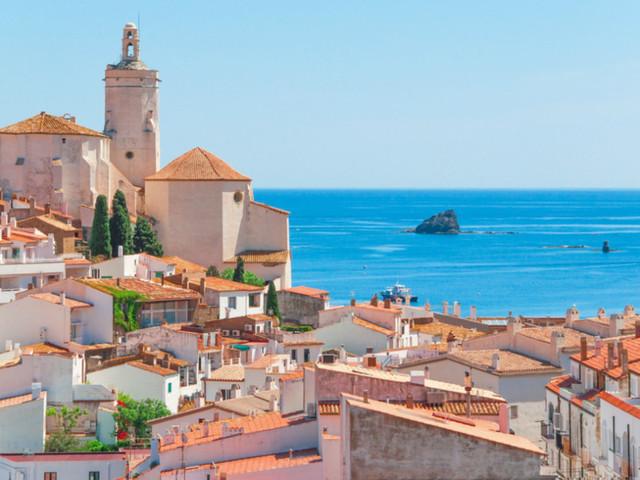Tour di Cadaqués, borgo di pescatori nel cuore di Salvador Dalì