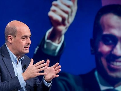 """Luigi Di Maio """"scippa"""" Zingaretti: ecco chi sarà il candidato alle regionali in Calabria"""