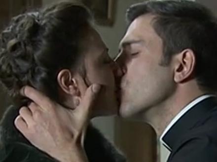 Una Vita anticipazioni: TELMO e LUCIA si baciano ma…