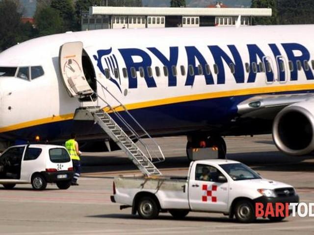 Cinque ore di ritardo per giungere da Milano a Bari: Ryanair condannata a risarcire 9 viaggiatori