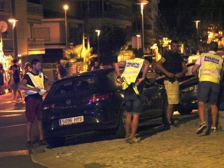Spagna, sventato nuovo attentato con auto: cinque terroristi uccisi a Cambrils
