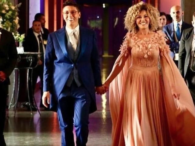 I brutti commenti sul vestito da uomo di Imma Battaglia: «Vorrebbe essere uno sposo, ma non lo è»