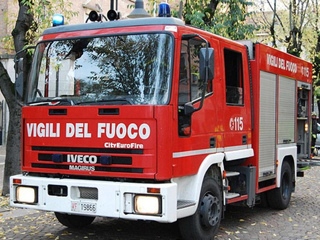 Gorizia, crolla una palazzina in piena notte: tragico bilancio