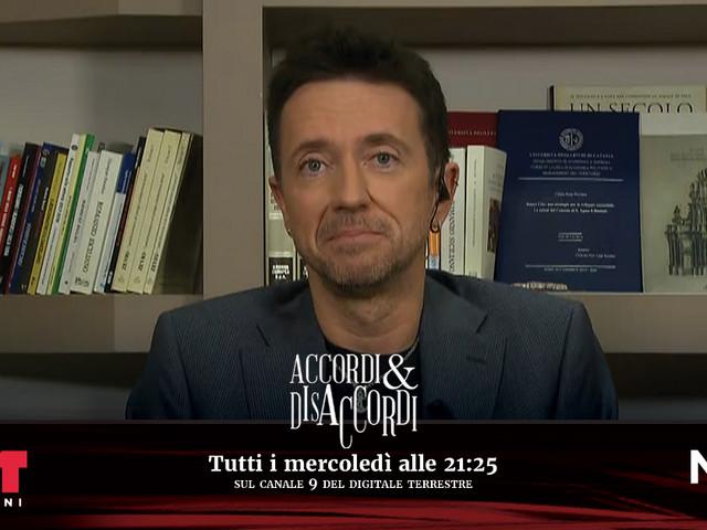 """Andrea Scanzi ad Accordi&Disaccordi (Nove): """"La polemica per gli assembramenti ai comizi politici? Il mondo della cultura ha ragione"""""""