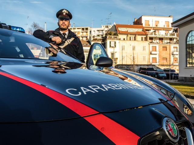 Carabinieri - Sgominata una banda di ladri di auto nel Milanese