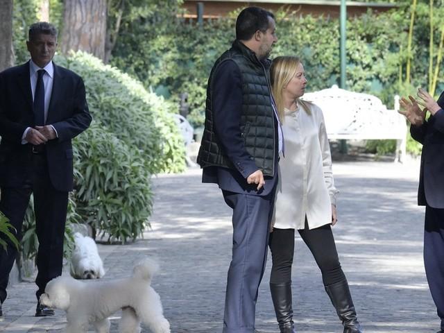 """Centrodestra, doppio vertice a destra. I timori dei ministri forzisti: """"Qui non decide Salvini"""""""