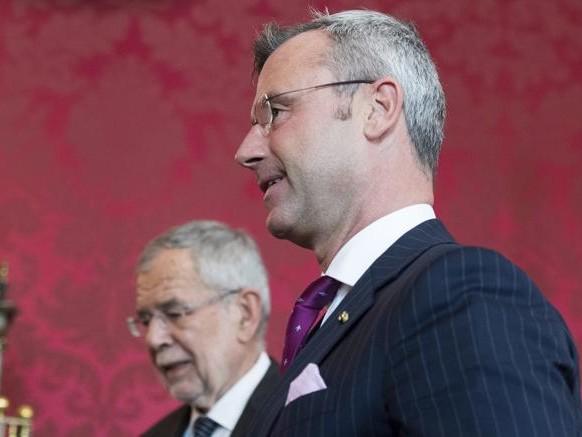 Austria, si dimettono tutti i ministri del Fpoe. Elezioni più vicine