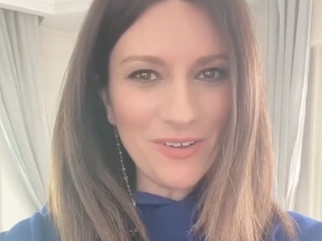 Laura Pausini, avete mai visto sua sorella? La somiglianza è sconvolgente
