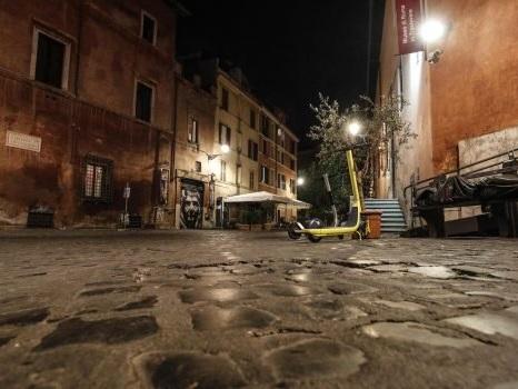Coronavirus in Sicilia, dati in calo ma c'è la scure lockdown: polemica politica