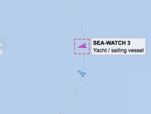 """La SeaWatchha varcato le acque territoriali italiane, il comandante:""""Basta, entriamo"""""""