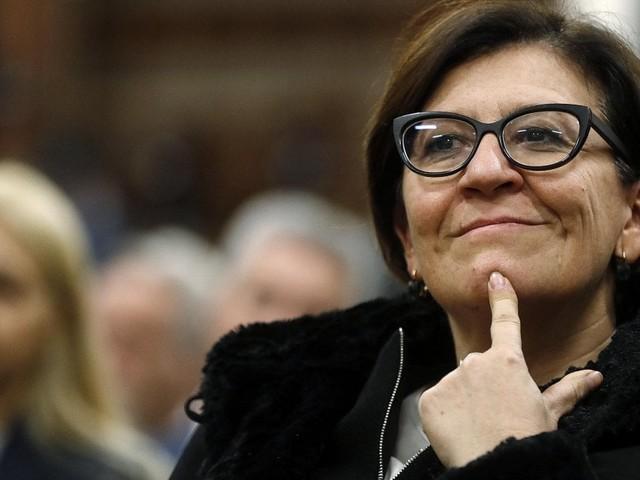 """Di Maio sul caso Trenta: """"Inaccettabile che ex ministra mantenga casa"""". E lei: """"È tutto regolare"""""""