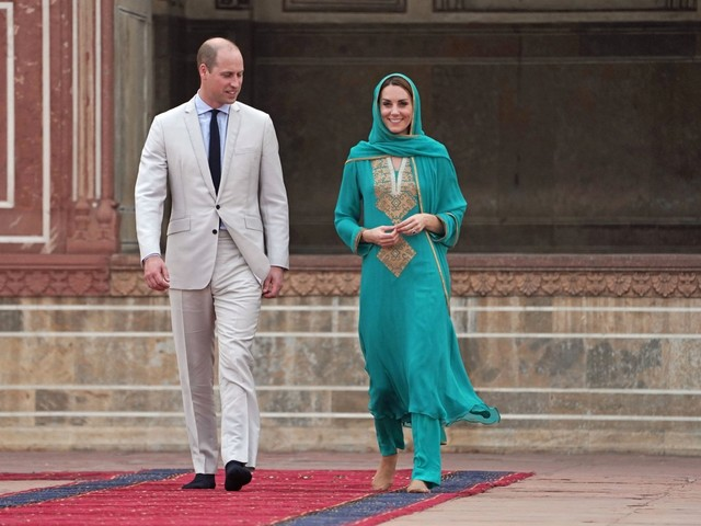 Principe William e Kate in visita a Lahore