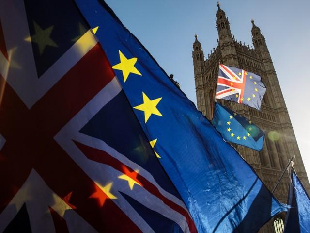 Brexit, dalla sfiducia all'accordo last-minute: ecco cosa può succedere ora