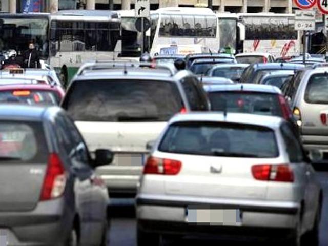 """""""Diversificare orario scuole contro affollamento e traffico"""": fa discutere la proposta dell'ass. Giorgetti"""