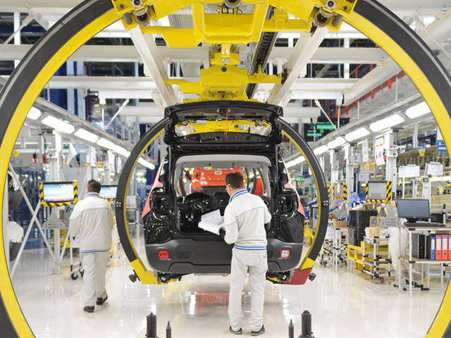 """Giù la produzione industriale Il """"tiramisù"""" del M5s è finito"""