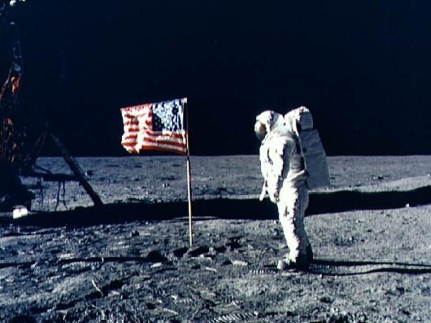 Missione Spaziale Apollo 11, la cronaca dello sbarco sulla luna: cosa successe 50 anni fa