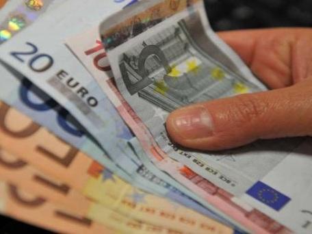 """Vicenza. Muore in casa, gli trovano 27mila euro in tasca: """"Non si fidava delle banche"""""""
